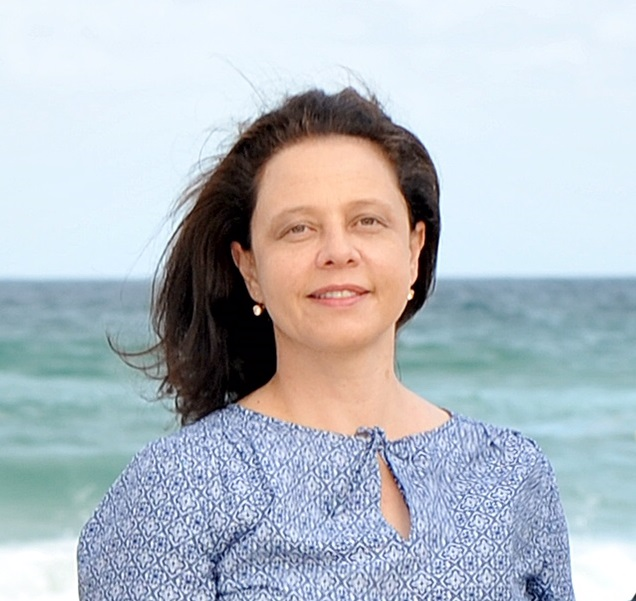 Dr Helene Benadie